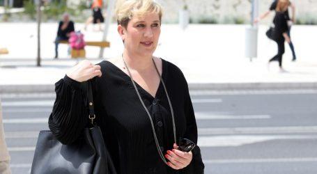 """SDP-ova gradonačelnica Supetra: """"Neću više nositi masku. Ako je pravo izbora cijepiti se ili ne, ja koja sam cijepljena, biram život bez maske"""""""