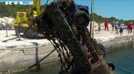Eko-aktivist dosad je iz Jadrana počistio čak 16 tisuća olupina: Sada je s dna mora izvukao zahrđali kamion