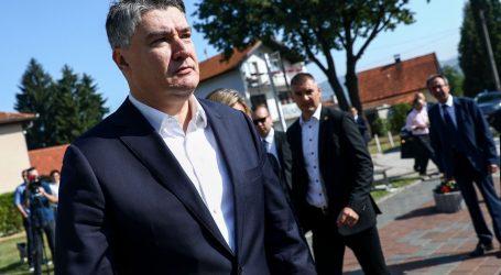 Radni posjet BiH: Predsjednik Milanović u Vitezu odao počast djeci ubijenoj u ratu