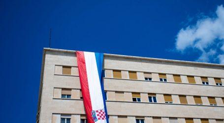 Split: Za petero osumnjičenih USKOK traži istražni zatvor, tereti ih se za zlouporabu položaja, primanje i davanje mita