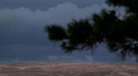 Opasnosti na olujnom moru: Četiri strana turista spašena u Velebitskom kanalu