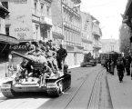 FELJTON: Fotografije ulaska partizana u Zagreb iz skrivenih jugoslavenskih arhiva
