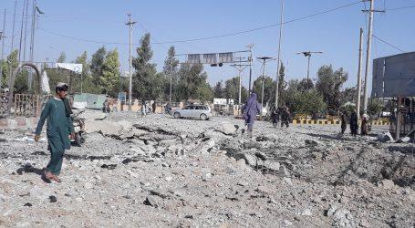 Talibani jačaju kontrolu nad Afganistanom, NATO je 'duboko zabrinut'