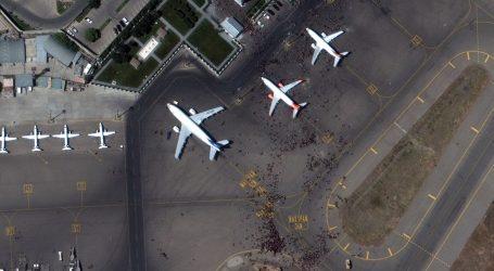 Započeli vojni letovi za evakuaciju diplomata i civila iz Kabula