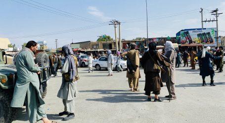 """Talibani imaju """"radni odnos"""" sa SAD-om u kabulskoj zračnoj luci"""