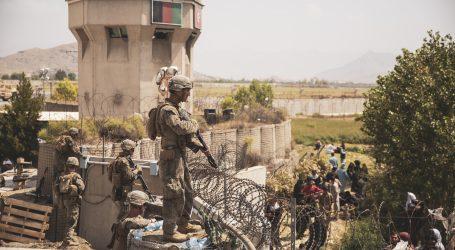 Dužnosnik NATO-a: U proteklih tjedan dana na aerodromu u Kabulu poginulo 20 ljudi