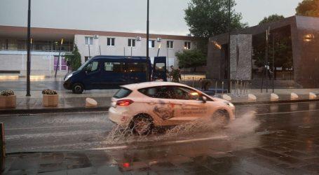Kolnici mokri, tijekom dana očekuje se pojačan promet