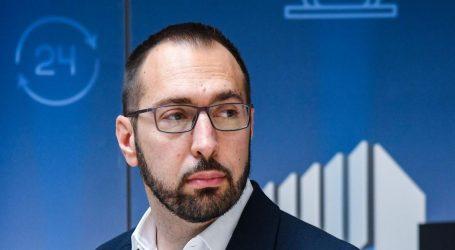 """Tomislav Tomašević: """"Sjećanje na pobjedu, na žrtvu i na sve stradale neka nam bude inspiracija i poticaj"""""""