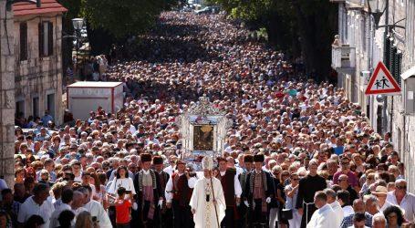 Franjevci za Veliku Gospu neće imati tradicionalnu procesiju u Sinju. Bulj kaže da je to neprihvatljivo