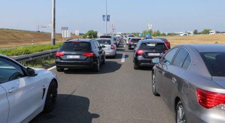 HAK: Promet je povremeno pojačan, prometne nesreće na A1 i DC1
