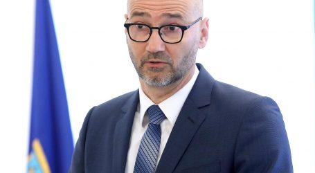"""Klisović: """"Ukoliko će ministarstvo ovako sporo donositi rješenje o obnovi, moguće da novac iz europskog fonda bude neiskorišten"""""""