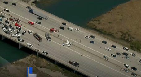 Neobična nesreća: Mali sportski zrakoplov sletio na državnu autocestu u Kaliforniji