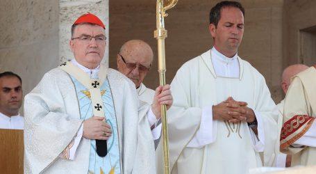 """Kardinal Bozanić: """"Marijin hvalospjev vrijedi za sve"""""""