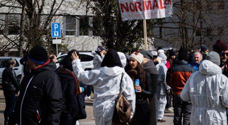 Ogorčeni zbog covid mjera: Masovni prosvjedi u Francuskoj i Latviji
