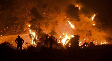 """""""Ljeto iz noćne more"""": Šumski požari i dalje gore diljem Mediterana"""