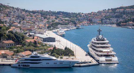 Dubrovnik: U gruškoj luci pronađeno mrtvo tijelo 81-godišnjeg utopljenika