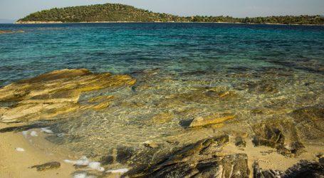 Vodnjan: Redari uklonili lažne obavijesti da je plaža privatna, istražuje se tko ih je postavio