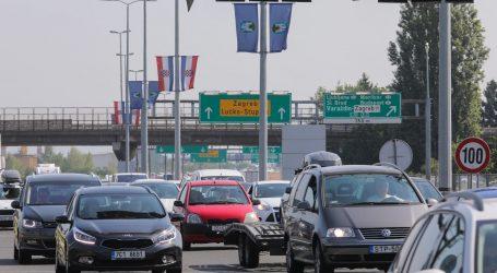 HAK: Gust promet, kolone prema graničnim prijelazima Bregani, Kaštelu i Plovaniji