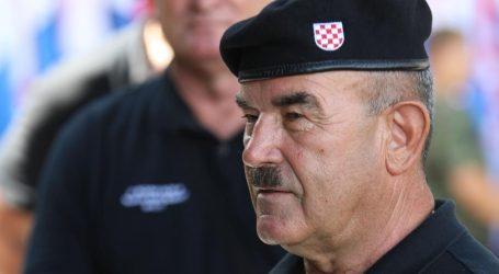 """Tjedan dana nakon proslave 'Oluje': Policija prijavila Skeju zbog uzvikivanja """"Za dom spremni"""" u Kninu"""