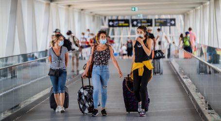 U Splitu i Trilju u karanteni 18 turista pozitivnih na covid