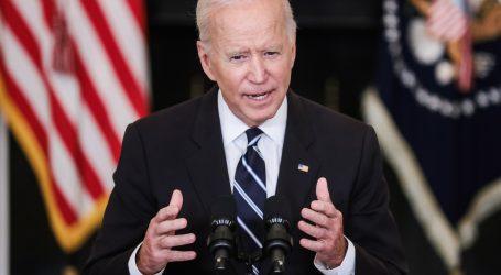 Biden kritizirao antivaksere, najavio oštrije mjere protiv covida-19