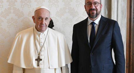 Papa i Charles Michel razgovarali o afganistanskim izbjeglicama