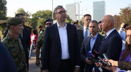 """Vučić poslao avione, helikoptere i tenkove prema Kosovu pa poručio NATO-u: """"Ili ćete vi reagirati ili ćemo mi"""""""