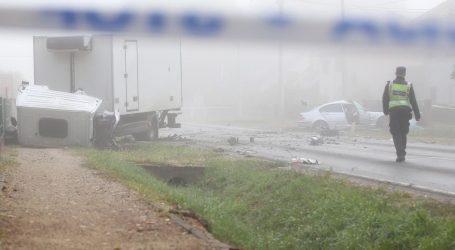 Teška prometna nesreća kod Dugog Sela, poginula jedna osoba, dvije su ozlijeđene