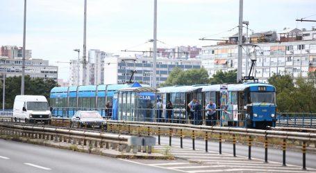 Policija otkrila: Tijelo pronađeno u tramvaju ima ubodnu ranu u području vrata