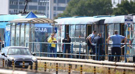 """Policija potvrdila: Čovjek, čije je tijelo pronađeno u tramvaju, je izboden! """"Uočila ga je putnica"""""""