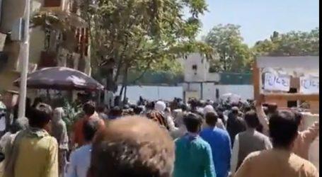 Vrhovni vođa talibana traži novu vladu da poštuje šerijatski zakon, buknuo prosvjed u Heratu