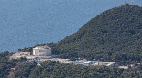 U dubrovačku bolnicu u teškom psihičkom stanju dovezli majku ubijene djece u zagrebačkim Mlinovima