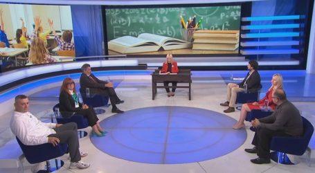 """Ministar Radovan Fuchs u posebnoj emisiji: """"Reforma školstva nije stala, ona je samo usporena"""""""