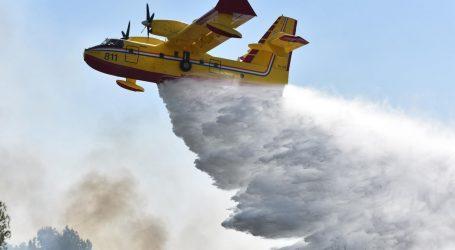 MORH: Dva kanadera gase požar kod Prgometa