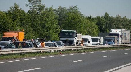 Nesreća na autocesti A1: Vozi se usporeno u koloni