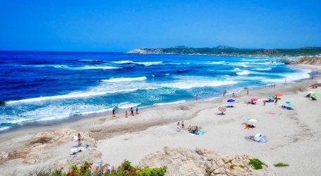 Sa Sardinije poručuju turistima: Ne kradite naš pijesak