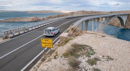 Zatvoren Paški most i državna cesta Maslenica-Zaton Obrovački, ograničenja i na autocestama