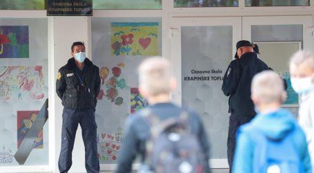 """Učenik u novu školu išao sa maskom! Otac koji ga je ispisao iz K. Toplica: """"Važno da je u školi"""""""