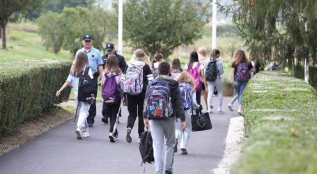 Učenik, čiji roditelji nisu željeli da nosi masku, ispisao se iz škole u Krapinskim Toplicama