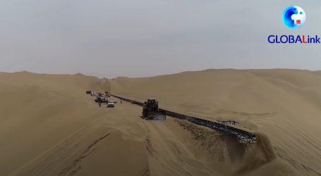 Pogledajte kako se gradi autocesta kroz kinesku pustinju